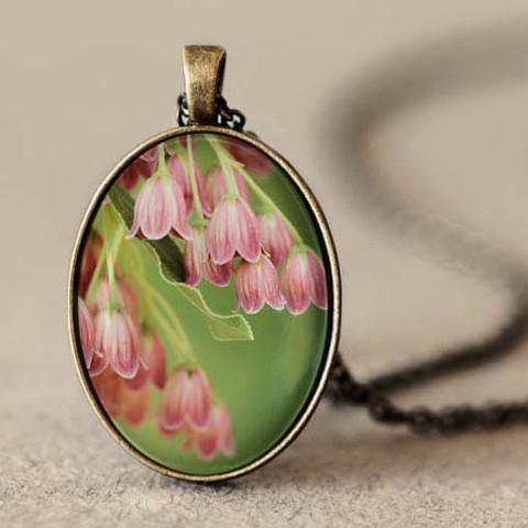 hanging_flowers_pendant