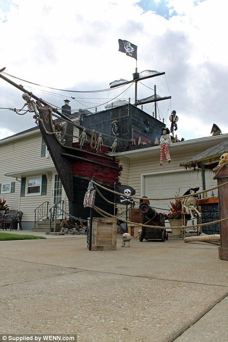 ohio_pirate_house3